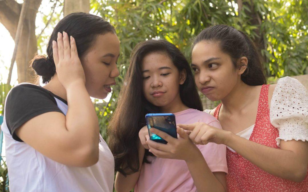 BUßGELD FÜR TikTok! – Jugend versteht Datenschutz von TikTok nicht!